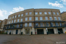 Flat to rent in Trinity Village, Bromley...