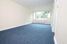 Studio apartment to rent in Fair Acres, Hayes...