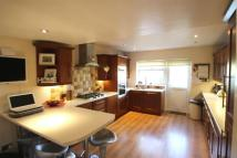 3 bed property to rent in BARHAM CLOSE, BROMLEY...