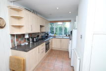 Flat in Park Hill Road, Bromley...