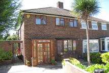 3 bed semi detached house to rent in GREENVIEW AVENUE...