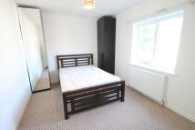 Flat to rent in Old Bromley Road...