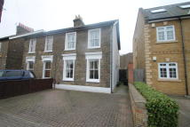 3 bed house to rent in Stanley Road, Bromley...