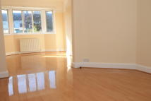 3 bedroom Terraced house in Whitefoot Lane, Bromley...