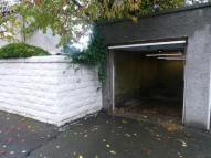 Claremont grove Garage to rent