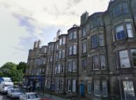 2 bedroom Flat in Bowhill Terrace...