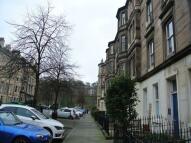 Flat to rent in Hillside Street...