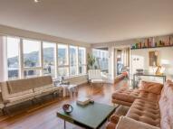 Margaret Rose Avenue Flat to rent