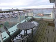 2 bedroom Flat in Portland Row, Edinburgh...
