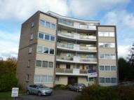 3 bed Flat in Orchard Brae Gardens, ...