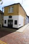 Flat to rent in West Street, Faversham