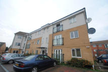Flat to rent in Berengers Place...