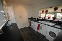 2 bed Flat in Rush Green Gardens...