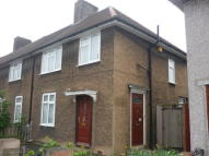 Flat to rent in Sheppey Road, Dagenham...