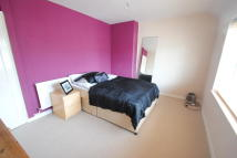 1 bed Flat to rent in Flamstead Road, Dagenham...