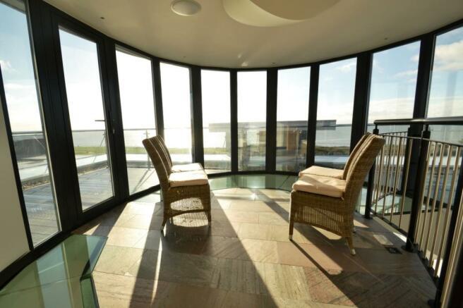 Observatory Lounge