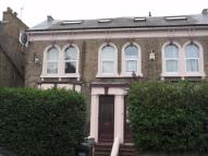 1 bedroom Flat in 11 Clifton Road...