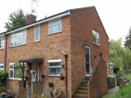 2 bedroom Maisonette to rent in Hyde Close, Harpenden