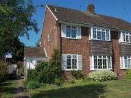 2 bed house in Overstone Road, Harpenden