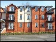 2 bedroom Flat in Station Road, Harpenden