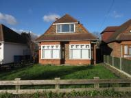 3 bedroom Bungalow in Castle Avenue, Datchet...