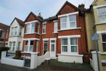 3 bed Terraced property to rent in Gillingham