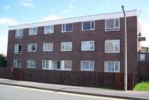Flat to rent in Wood Lane Greasby