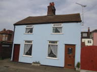 Cottage to rent in Newhaven Lane...