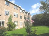2 bed Flat to rent in Woodstock Court...