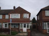 3 bed End of Terrace house in Chaucer Avenue, Hayes...