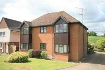 Flat to rent in Seymour Court Road...