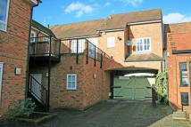 Apartment in High Street, Cookham, SL6