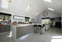 5 bedroom Detached house to rent in The Avenue...