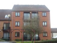 Flat to rent in Dunlin Wharf, Nottingham...