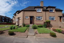 Terraced property in Kincraig Avenue, Maybole...
