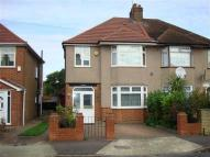 3 bed semi detached home to rent in Hogarth Gardens, Heston