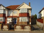 semi detached house to rent in Hounslow/Osterley Border