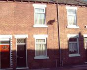 Newland Street house to rent