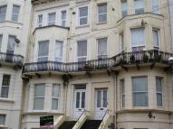 1 bedroom Flat to rent in Kenilworth Road...
