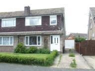3 bedroom semi detached house in Hollingthorpe Avenue...