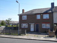 3 bed house in Trent Road, Leagrave...