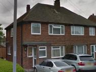 3 bed semi detached property to rent in Hill Rise, Leagrave...
