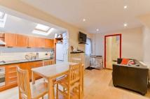 property to rent in Biscay Road, London