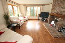 Detached property in Cooling Common, Cliffe...