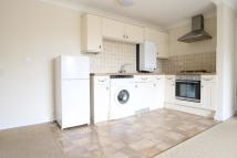Flat to rent in Holborough Road...