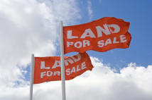 Land for sale in High Road...