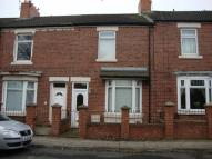 Terraced home to rent in South Street...