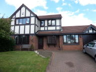 4 bed Detached house in Sheringham Drive, Hyde...