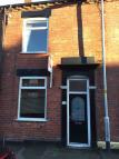 2 bedroom Terraced house to rent in Brunswick Street, Oldham...