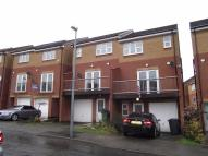 6 bed semi detached property to rent in Smithmoor Crescent...